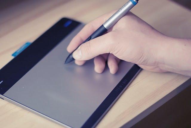 アナログお絵描きで挫折した人は、デジタル移行で絵が上達する可能性が高い