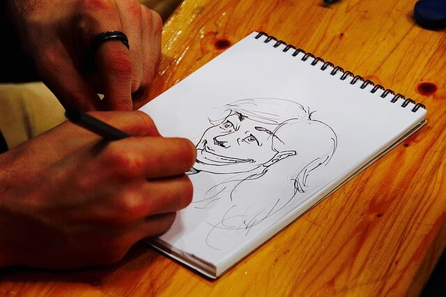 絵が苦手な人でも下書きをしっかり作れば、絵を完成できるよ